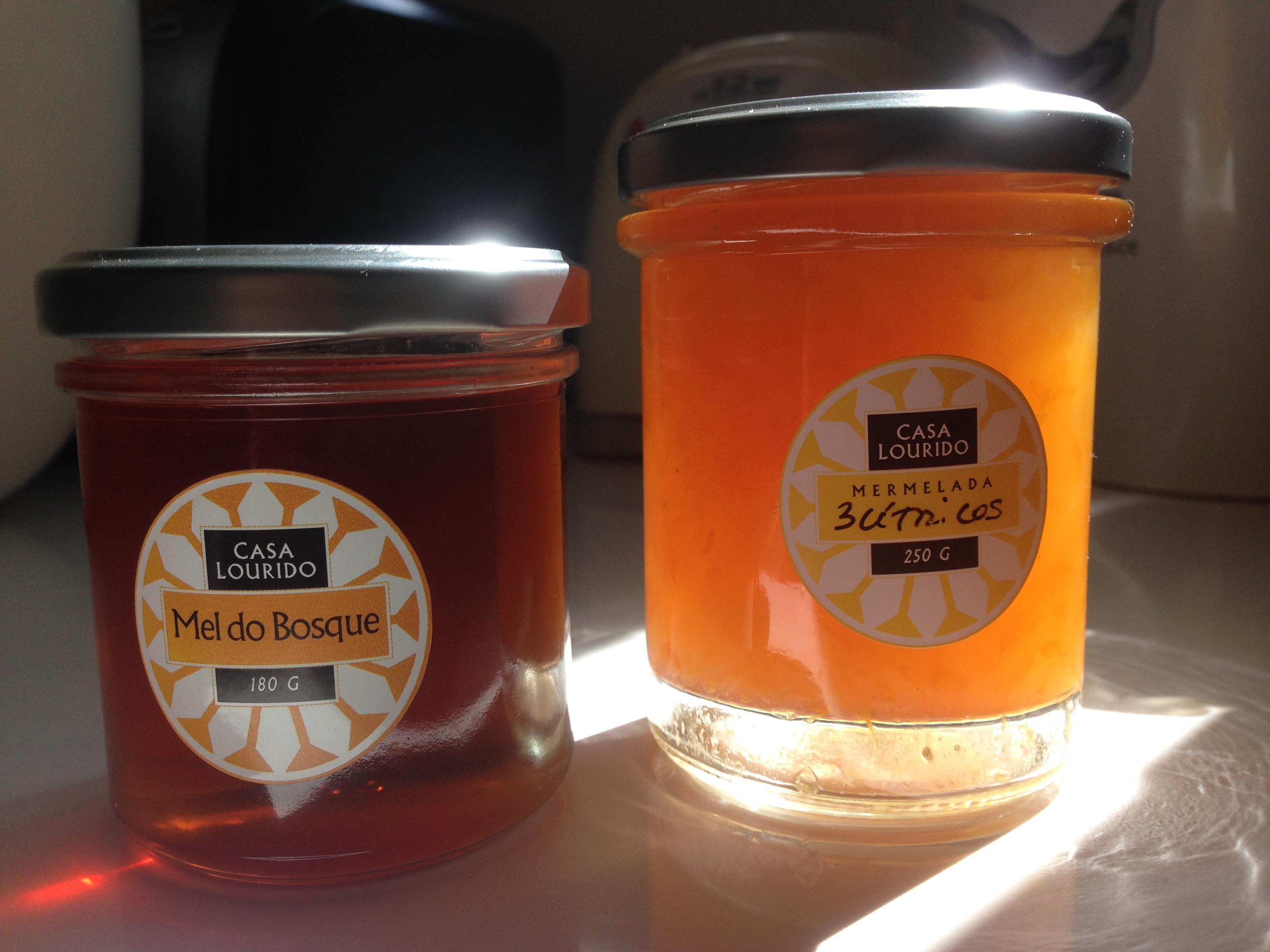 Diseño etiquetas de la miel